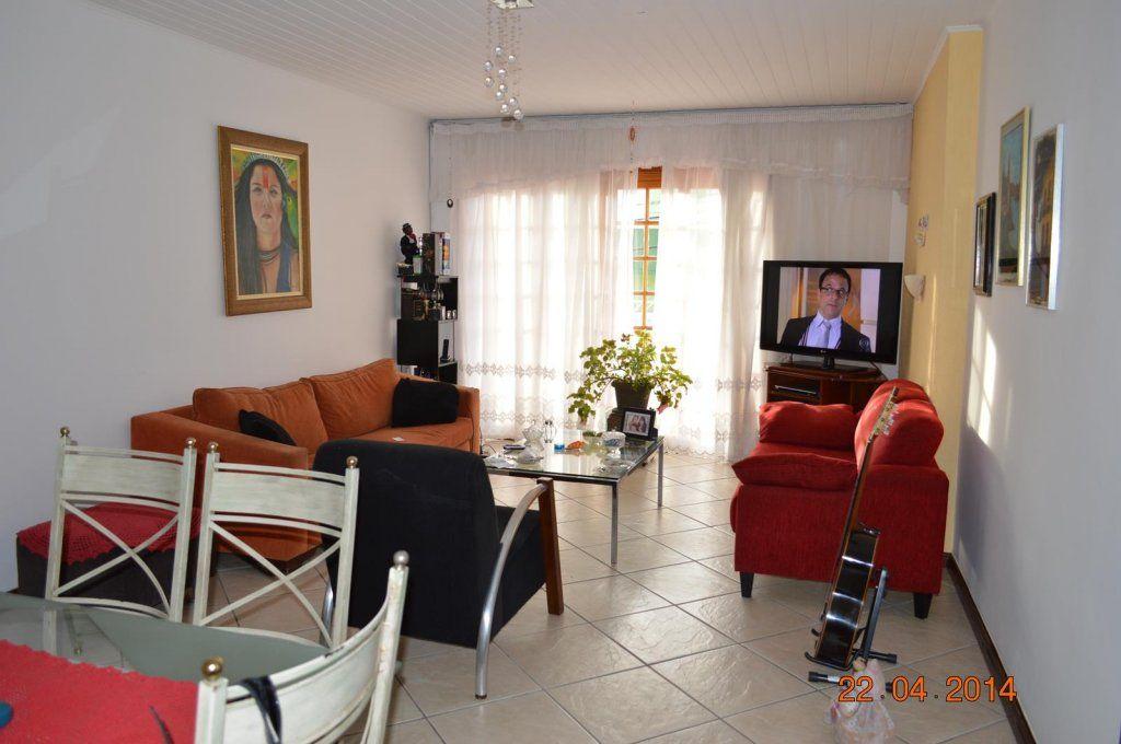 Casa Vila Pouso Alegre – Barueri