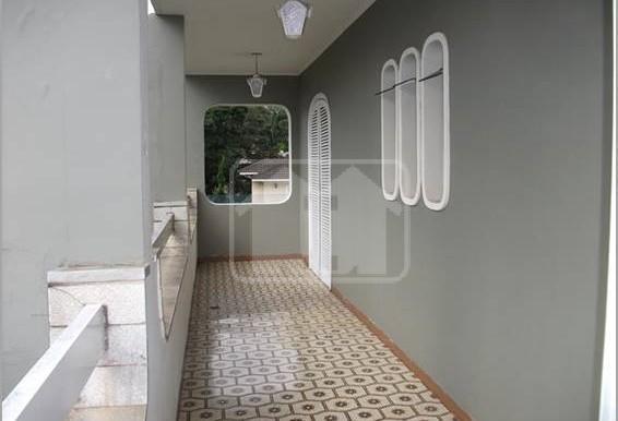 corredor externo segundo andar